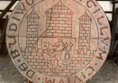Kamenné logo pro Budějovický Budvar