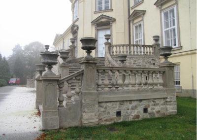 opravene-schodiste-zamek-nove-hrady-3