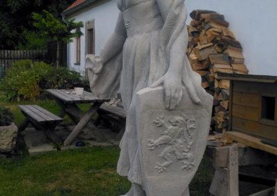 Socha z kamene