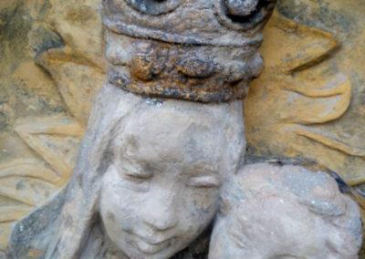 Kamenná socha (Maltéz) před zlacením