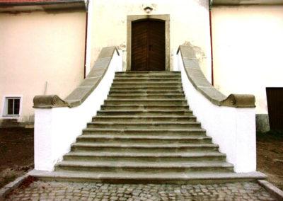 Opravené schodiště (Svatý Ján nad Malší)