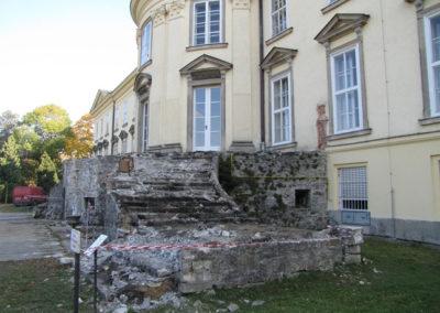 Rekonstrukce kamenného schodiště, zámek Nové Hrady